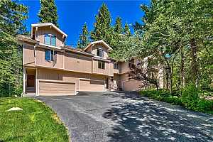 MLS # 1006186 : 941 DIVOT COURT UNIT 2